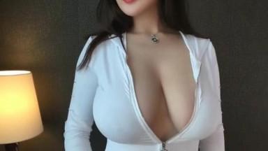 超人气嫩模乳神尤物爆乳视频 高清无水印版